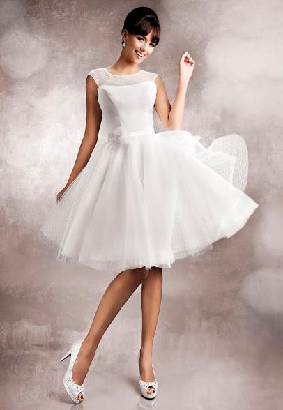 d5cbe898417 10 úžasných svatebních šatů. V různých stylech! - Proženy