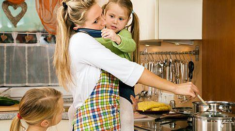 Výsledek obrázku pro ženy v domácnosti