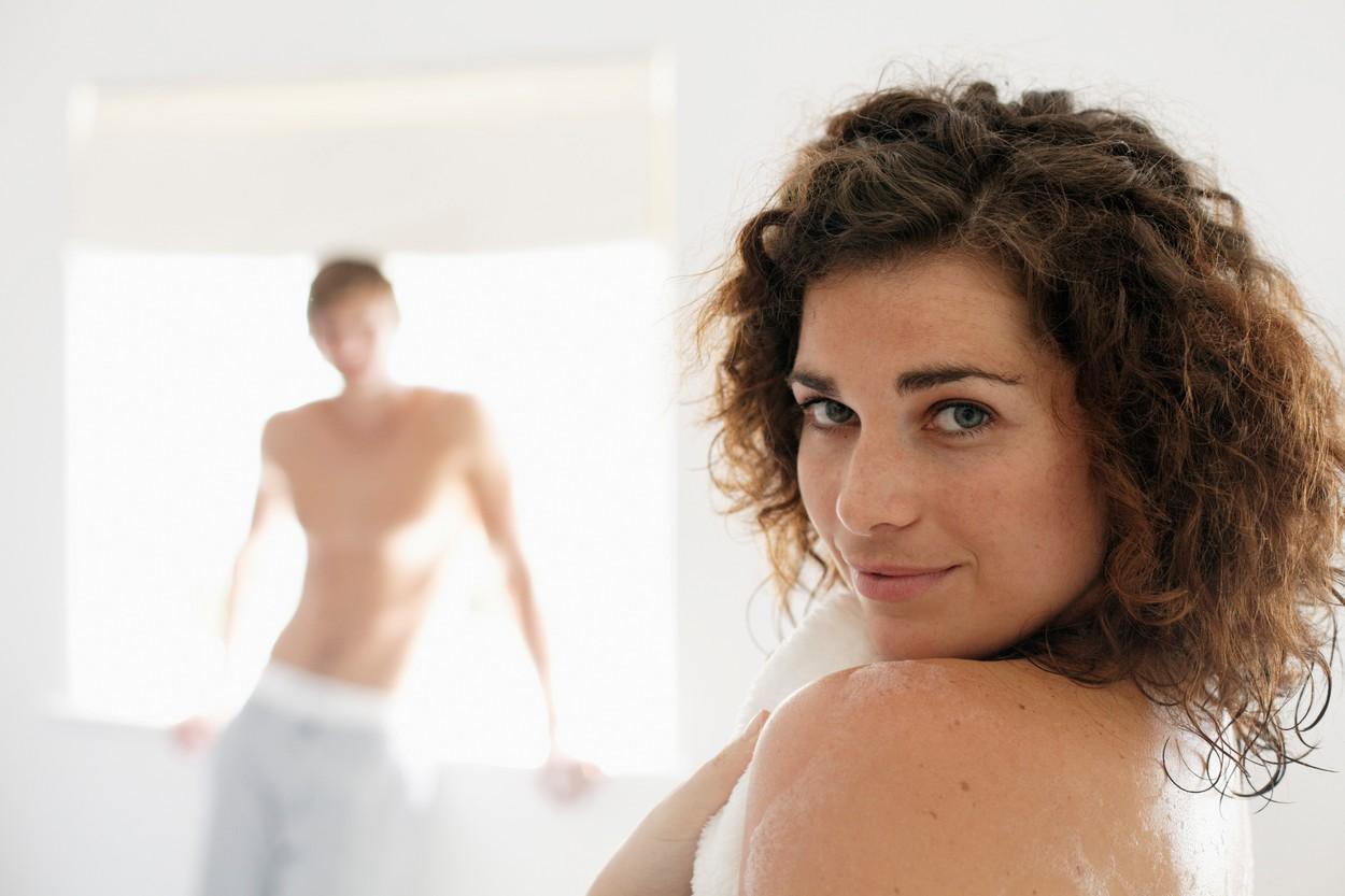 Postačí. Nyní ale k samotnému cvičení: Po dobu sedmi až deseti dnů si muž každý večer.