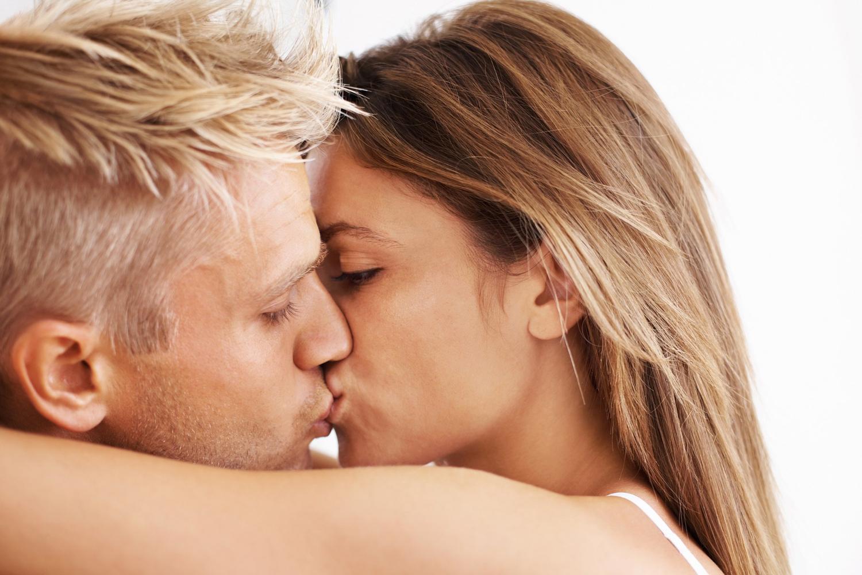 U některých žen může. TIP: Nejlepší poloha na šukání a dráždění klitorisu zároveň.