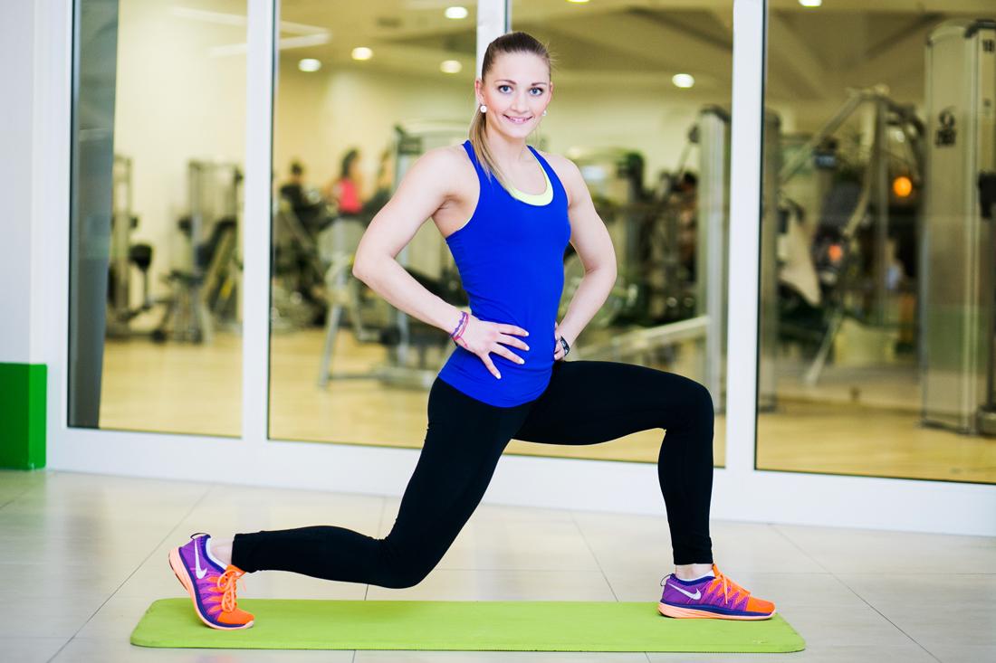 U žen to bývá nejčastěji na bocích, stehnech, zadku, ale taky na pažích.