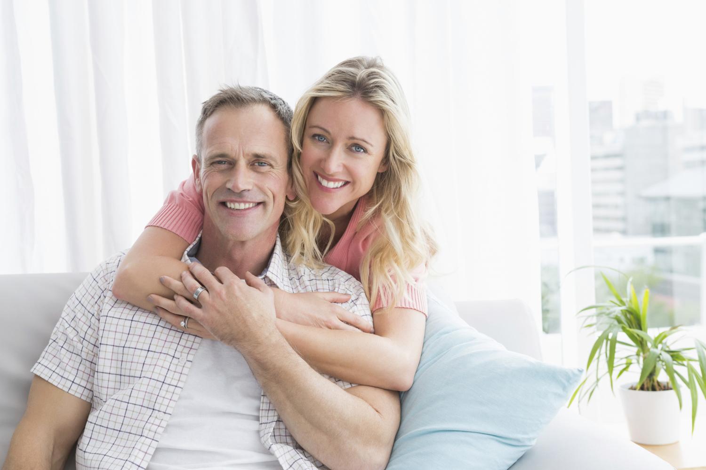 randí s mužem, který měl rakovinu randí s americkým mužem
