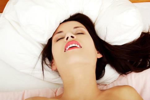 Některým ženám to trvá déle než jiným, jsou i takové, které orgasmus.