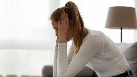Obávaná roztroušená skleróza: Pociťujete na sobě tyhle příznaky? Běžte rychle klékaři