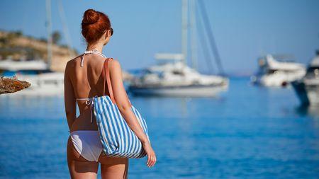 Nástrahy v Chorvatsku a Itálii: Jak daleko od pláže můžete se člunem a proč nikdy nezvedatpalec?