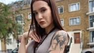 Z makléřky dominou. Zoe (28) její původní zaměstnání ubíjelo, z nového jenadšená
