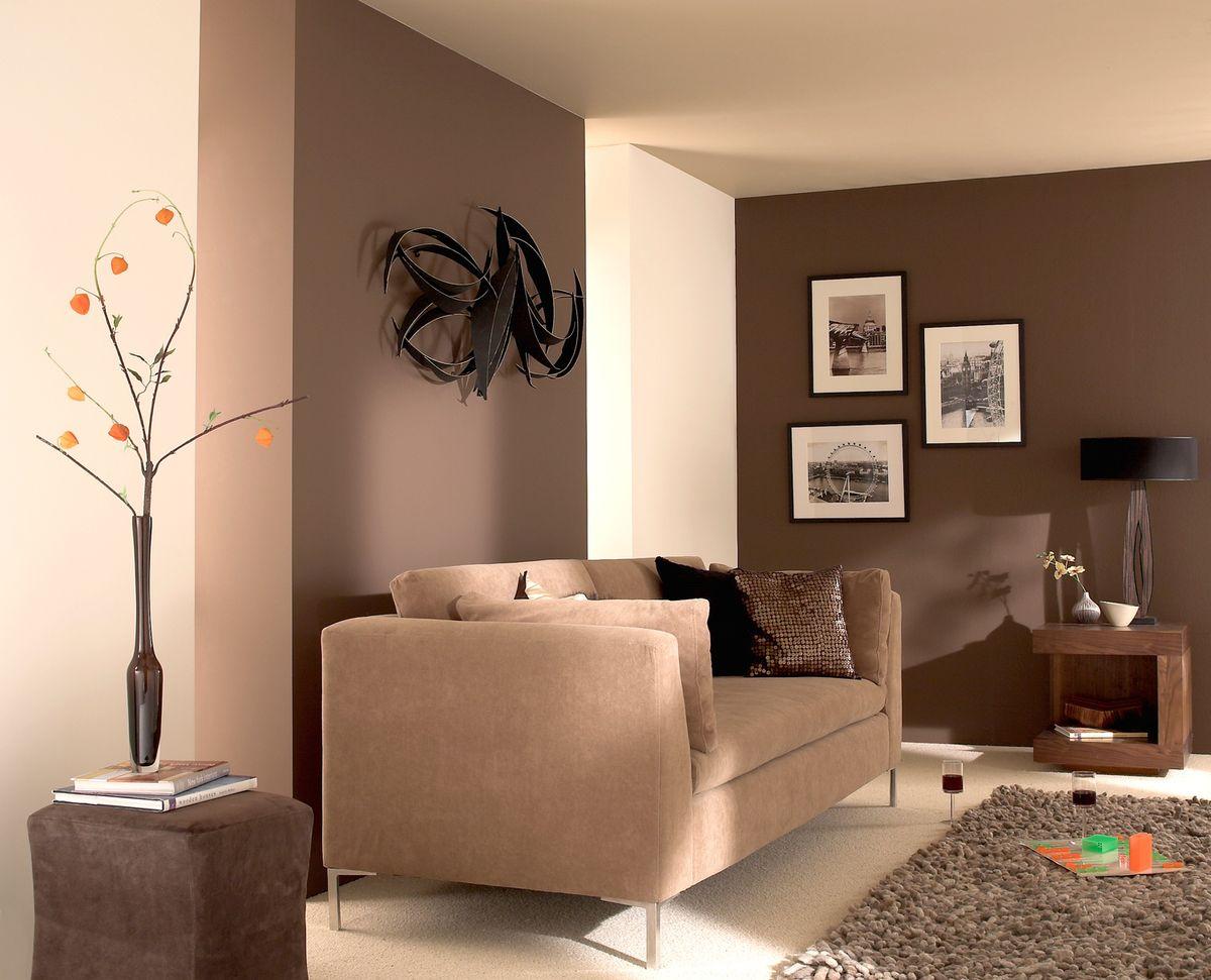 продаже фото покрашенных стен эмульсией в гостиной комнате фото видно, что