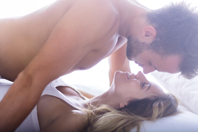 muži milují anální sex