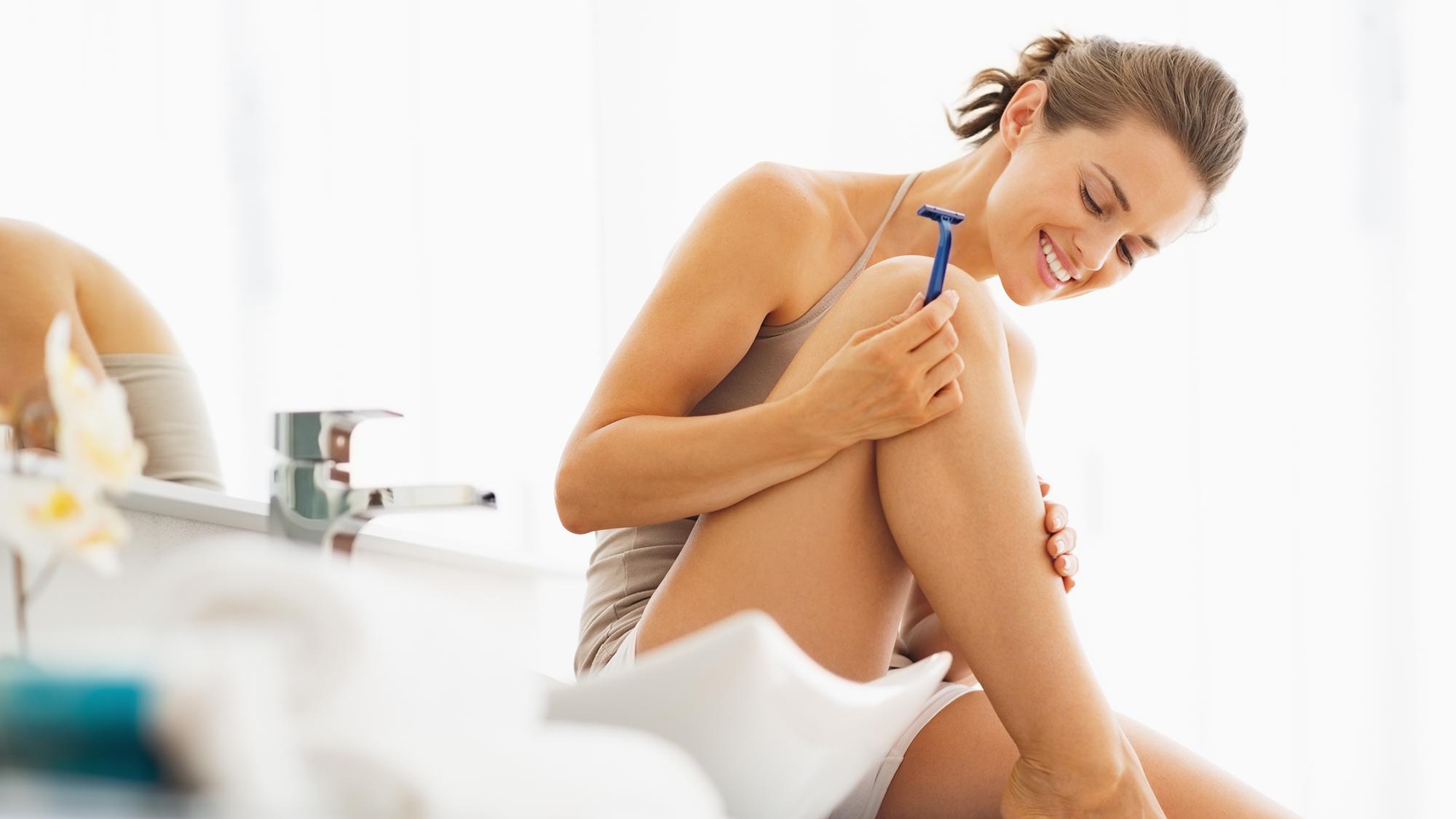 Největší výběr dlouhých porno videí na téma holení kundy.