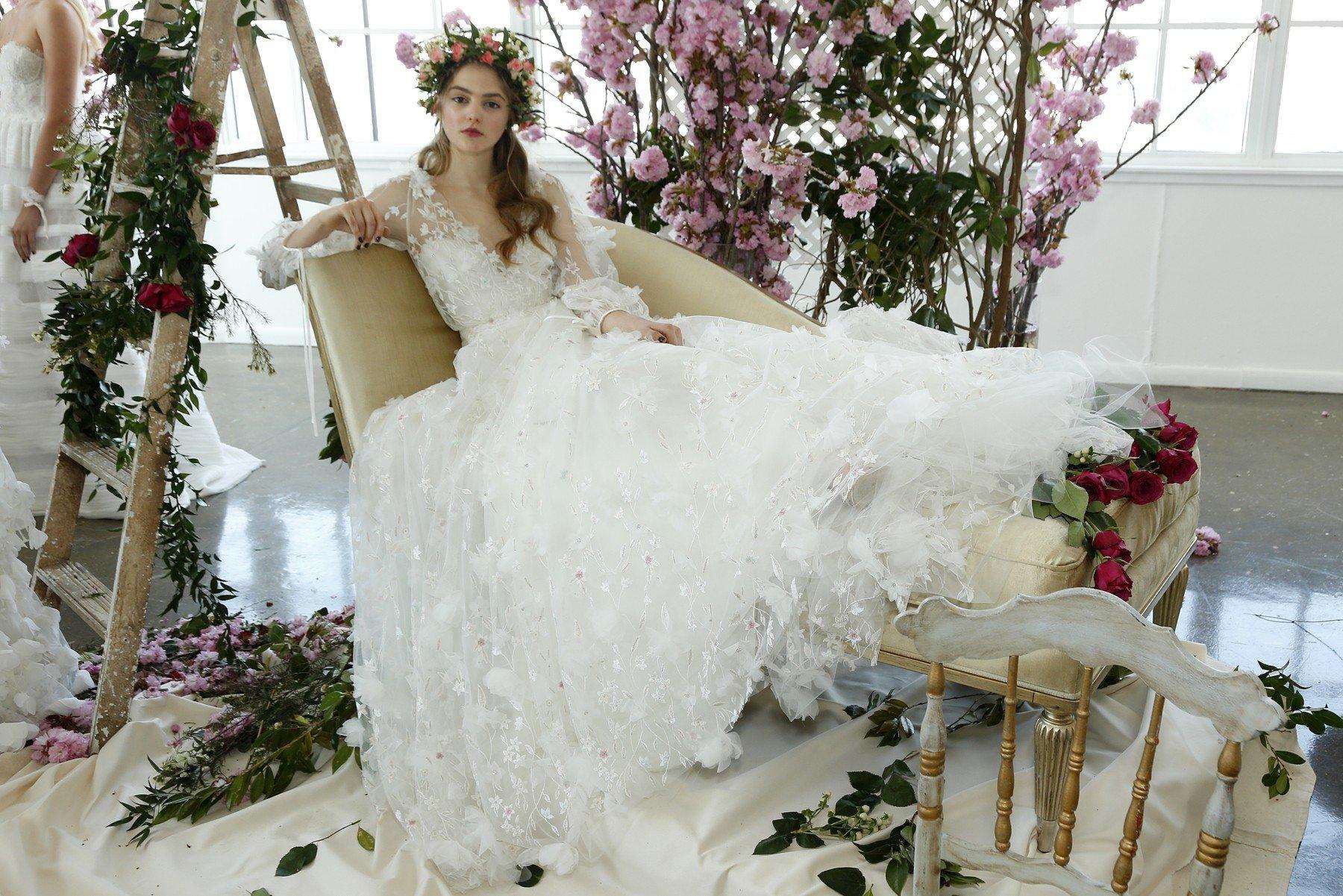 Nejkrásnější nevěsty  Která celebrita měla róbu za 20 milionů a komu to  slušelo nejvíc  - Proženy a5b961da58